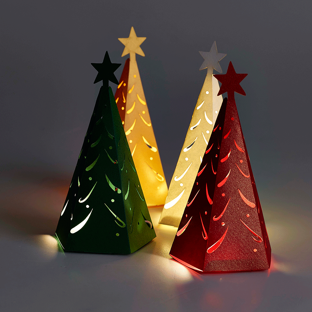 Christmas tree favour boxes for winter weddings and for Christmas tree in a box