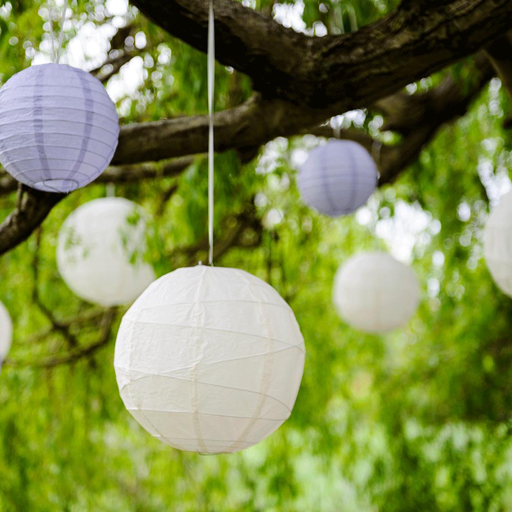 12 inch white irregular ribbed paper lanterns - White hanging paper lanterns ...