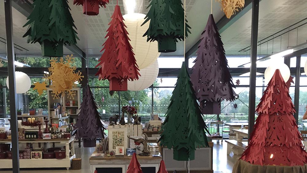 Umbrella Christmas Tree Uk.Paper Christmas Tree Lanterns At Wakehurst Place