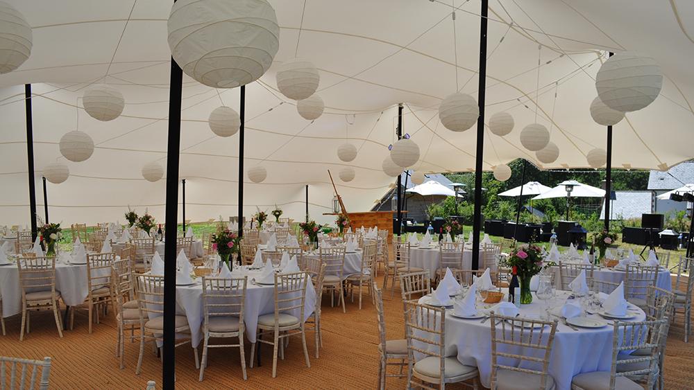 Cream Hanging Lanterns Decorate Stretch Tent