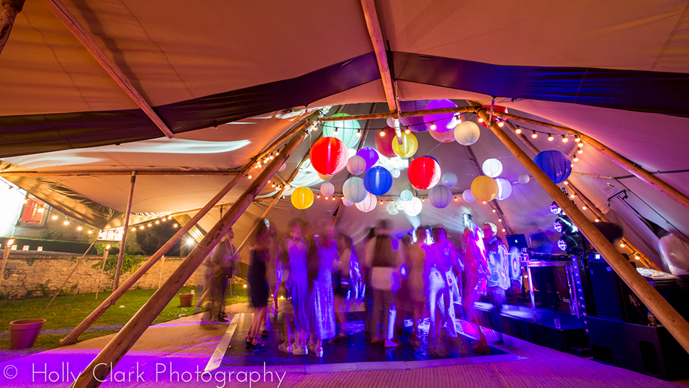 Coloured Lanterns Create Party Vibe in a striking Tipi