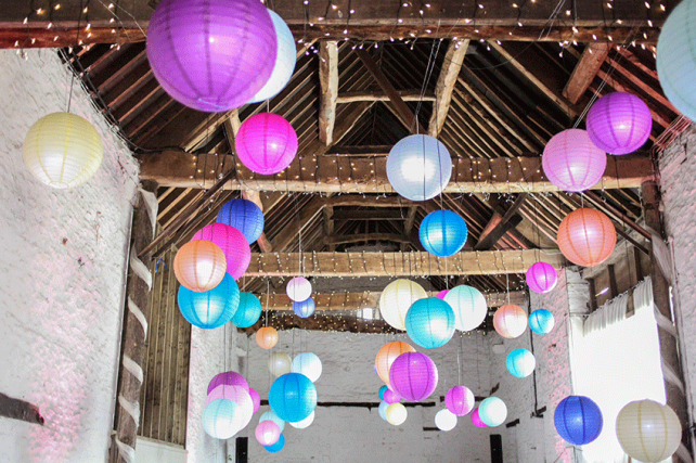 Fairy Lights and Lanterns Decorate Oxfordshire Barn